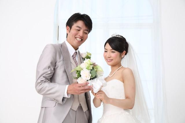 お見合い結婚・恋愛結婚