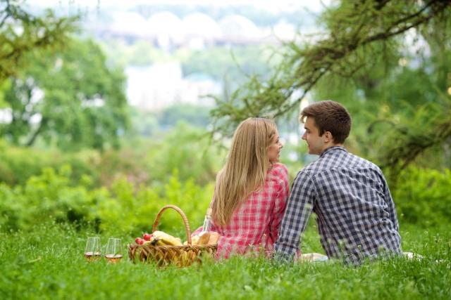 結婚相談所ラブラブお見合い愛情愛のないお見合いや結婚と新婚生活?