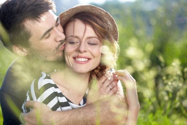 結婚妥協容姿男女後悔。妥協してはいけない点とは顔年収幸せ嫁の年齢