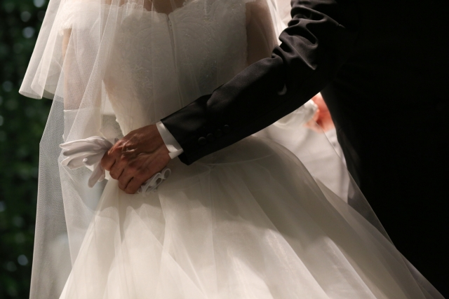 結婚手紙花嫁の手紙全文結び結婚式母への手紙短め例文兄弟や友人感動
