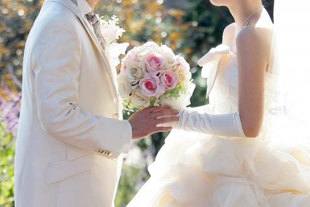 結婚時期平均年齢中央値理想の結婚年齢二人の結婚時期相性占いと風水