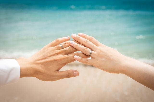 日本結婚おかしい年齢若者増加結婚率や結婚式。歴史これからの結婚観
