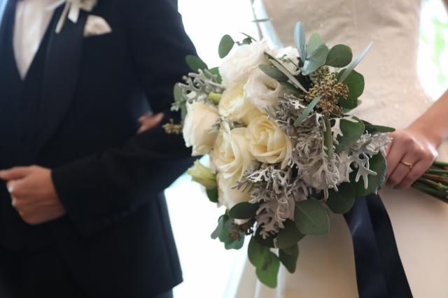晩婚出会い女性男性メリットどこ結婚式幸せ子供いつから不安と離婚率